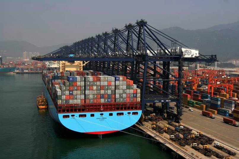 china-cargo-ship-loaded.jpg